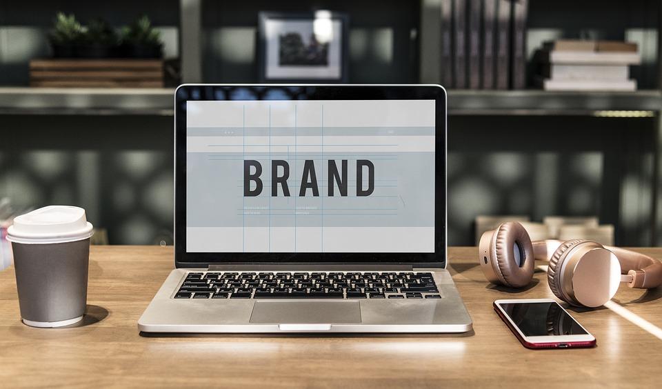 brand marketing through social media